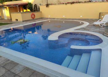 Instalación y mantenimiento de sistemas en piscinas